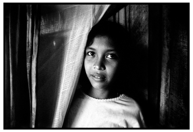 Untitled, from 'Panguai',  gelatin silver print © 1993 Gusmano Cesaretti  Ref: Panguai12   ALL IMAGES AVAILABLE FOR SALE Please    email us    with the specific Ref # for quote.