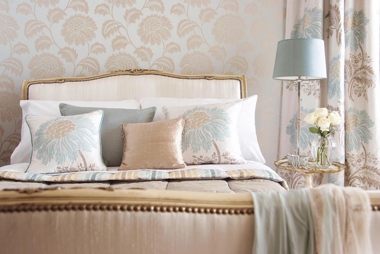 kaylees-creations-custom-window-treatments-bedroom-greenville-south-carolina.jpg