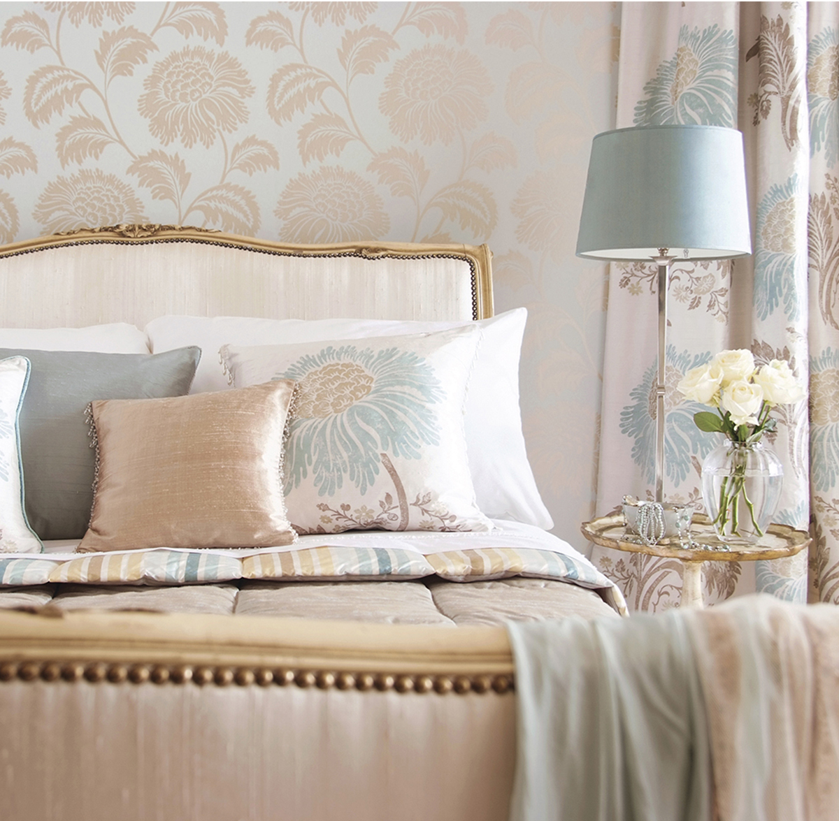 Stunning Furnishings - From custom bedding to pillows, we believe the smallest details make the biggest difference. We look forward to helping you make your next soft furnishing design a reality.