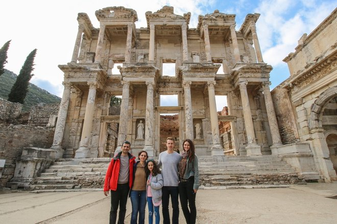Couchsurfing Turkey Ephesus Library of Celsus.jpg