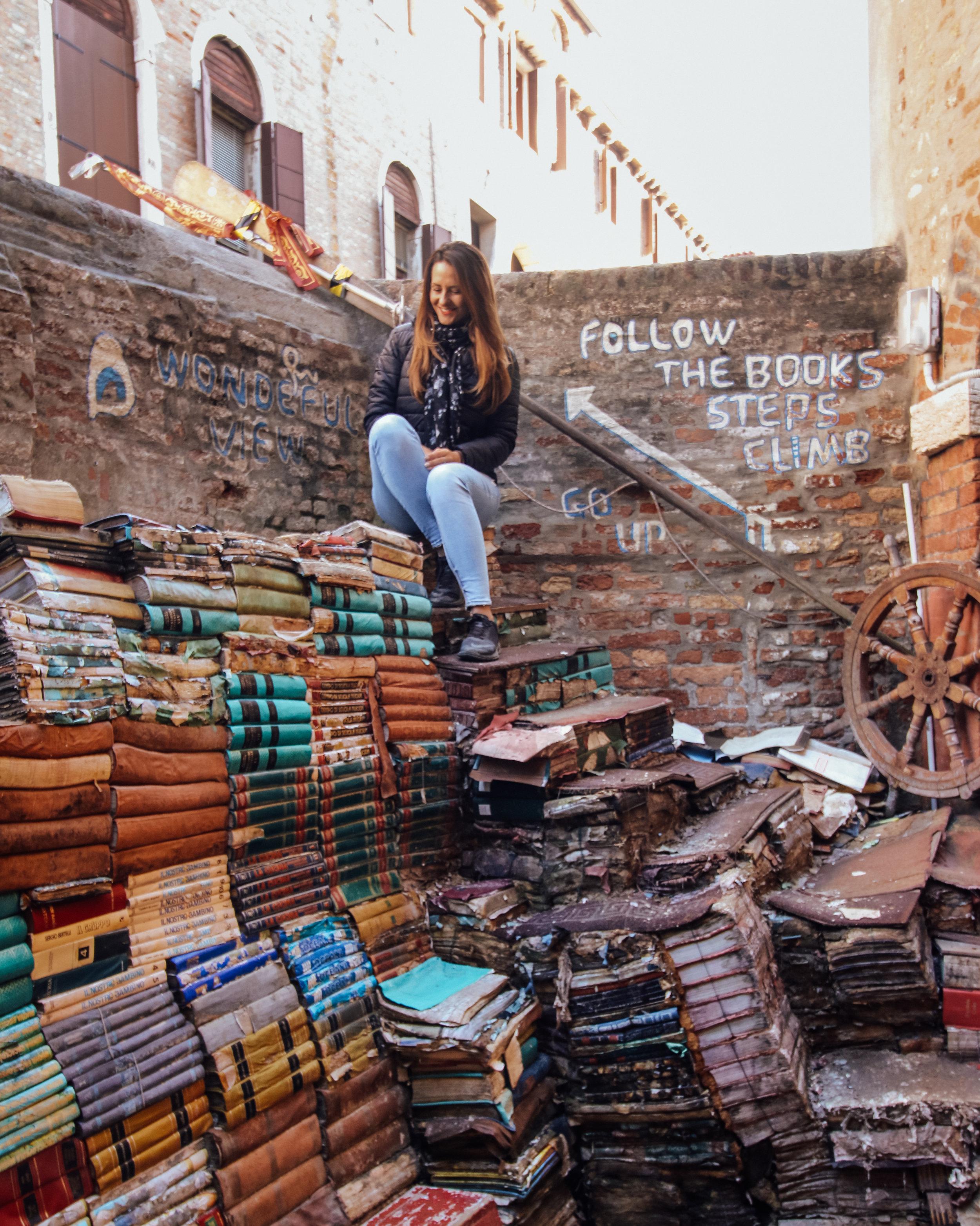 Libreria Acqua Alta Courtyard Books.jpg