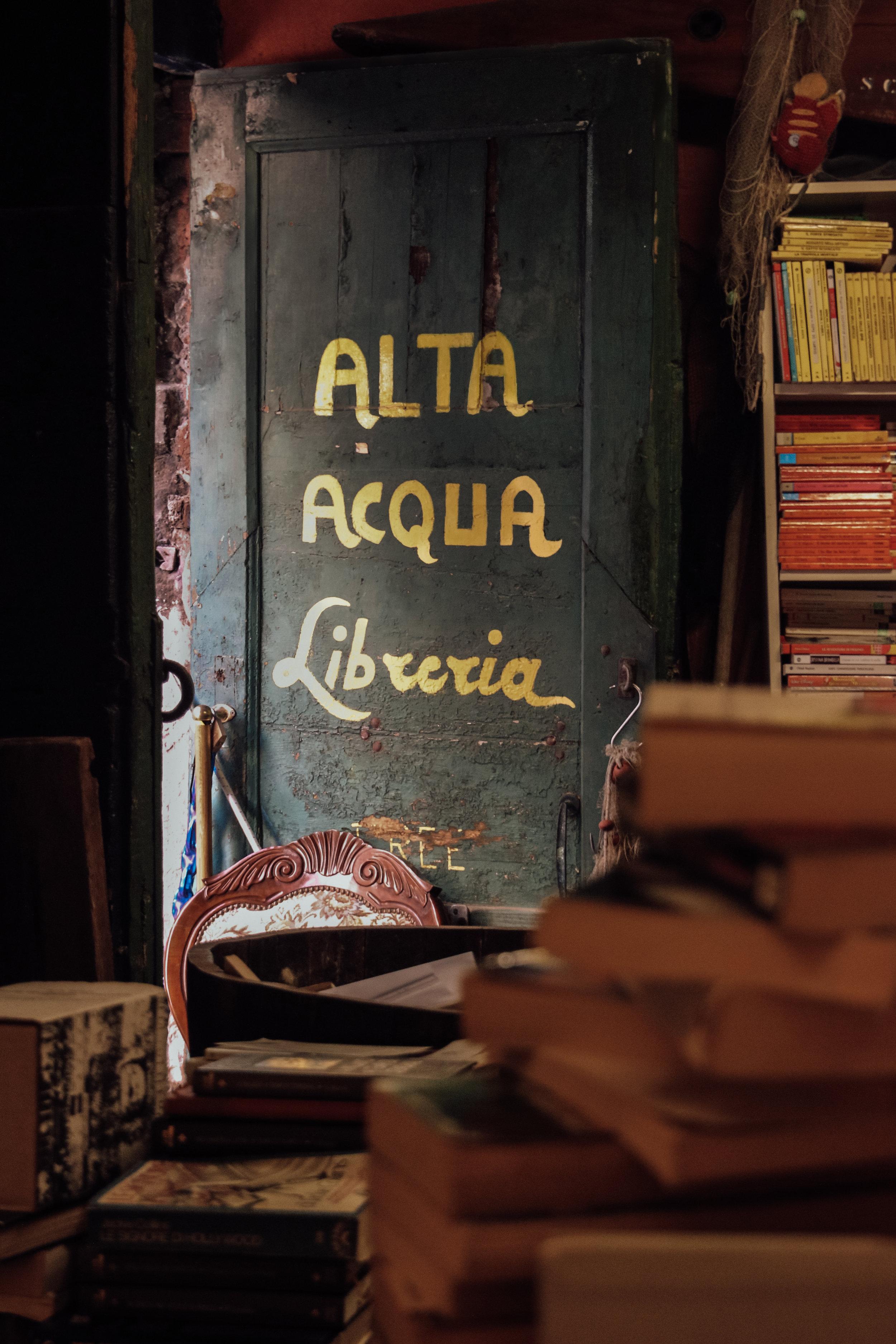 Alta Acqua Libreria Door.jpg