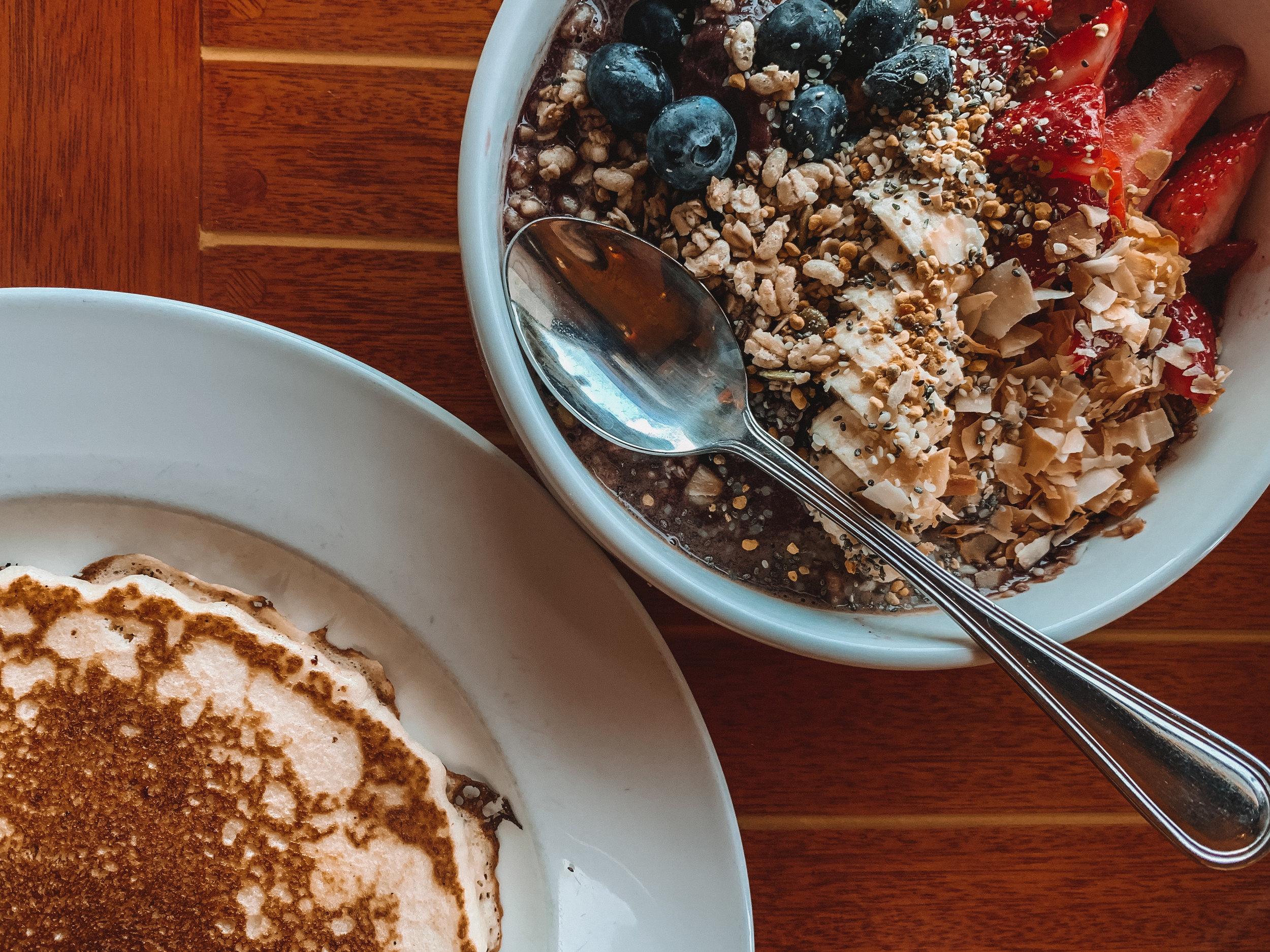 Duceys Restaurant Breakfast.jpg