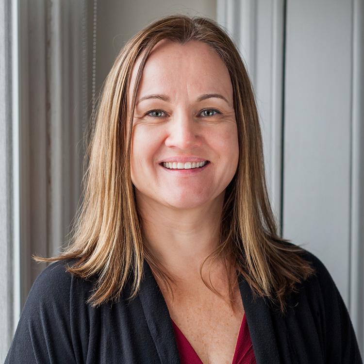 LinkedIn Portraits - © Heather Ogg - Charlottetown, PEI - Personal Branding Headshots