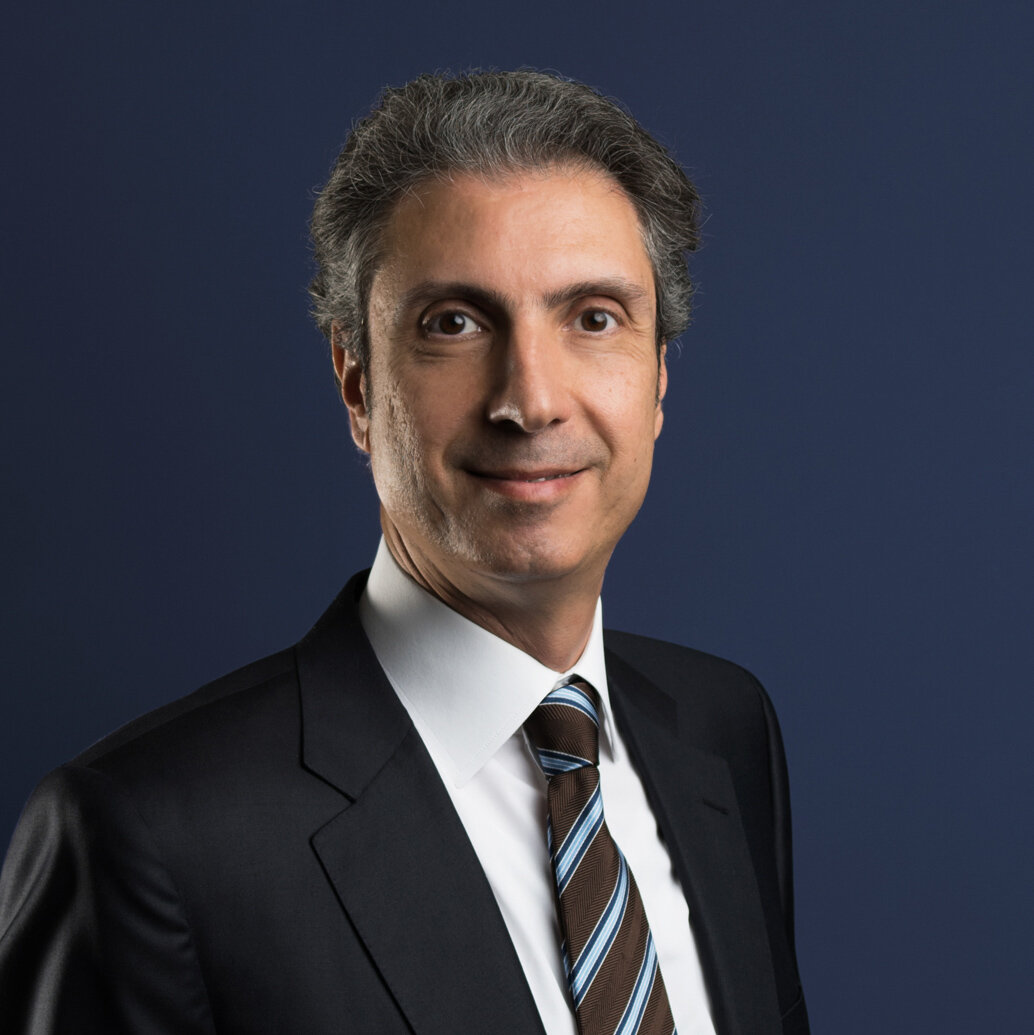 LinkedIn Portraits - Gul Deris Bayram, Istanbul Turkey - LinkedIn Profile Headshots and Personal Branding Photography