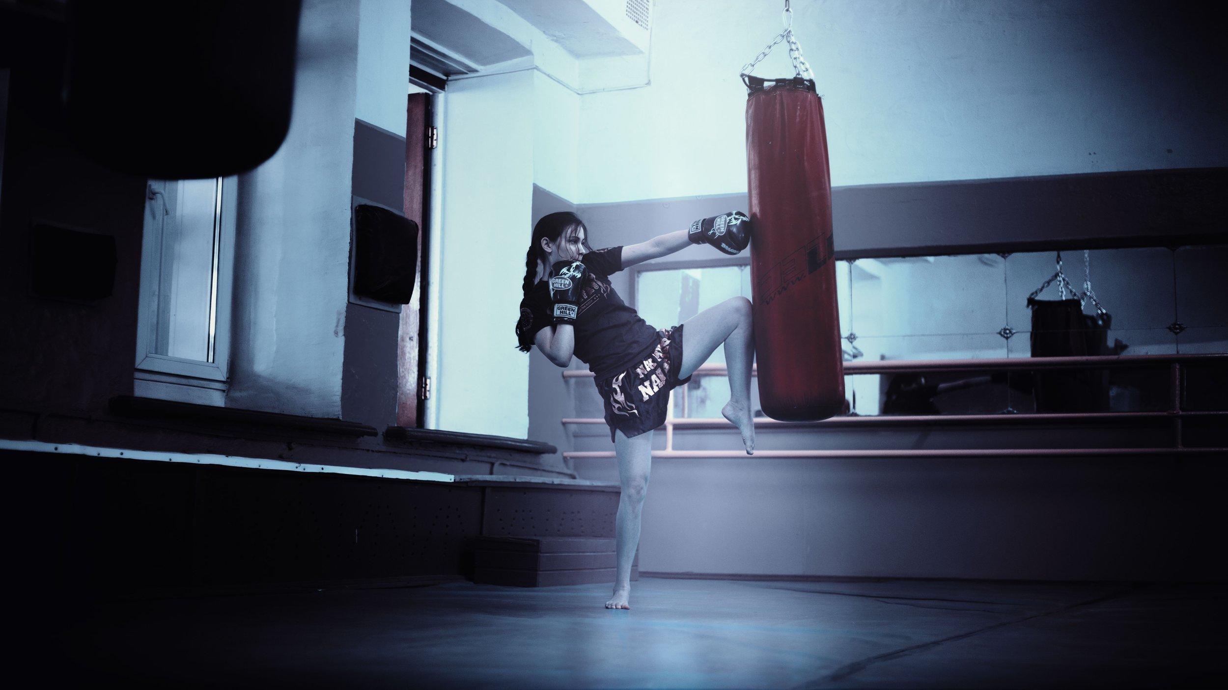 boxing-female-fight-161017.jpg