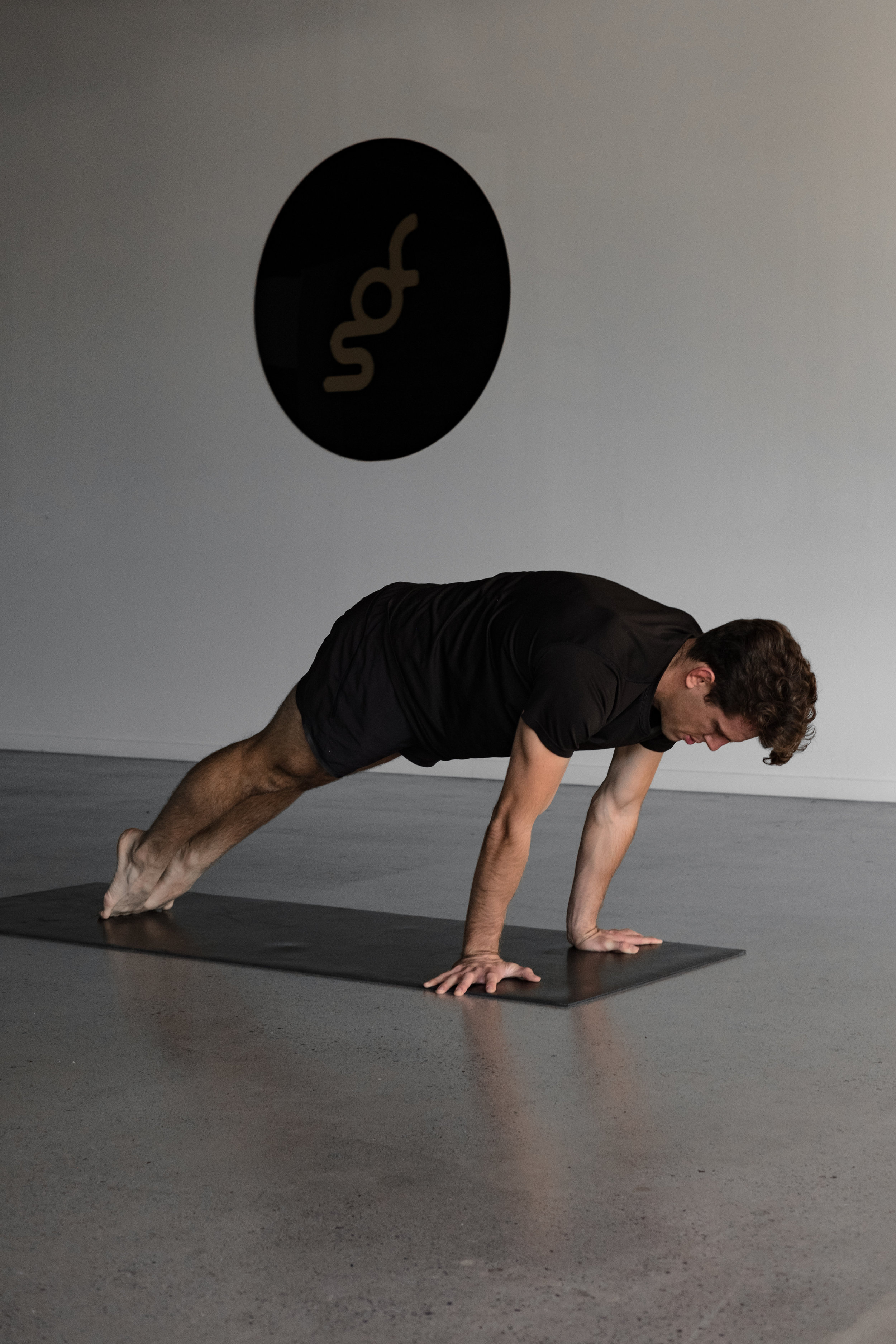 Handstand_Preparation_Training (13 of 38).jpg