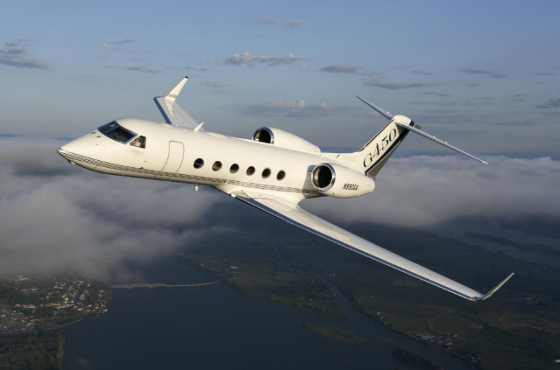 Gulfstream G450 is that company's latest offering in a long line of large cabin heavy jets.