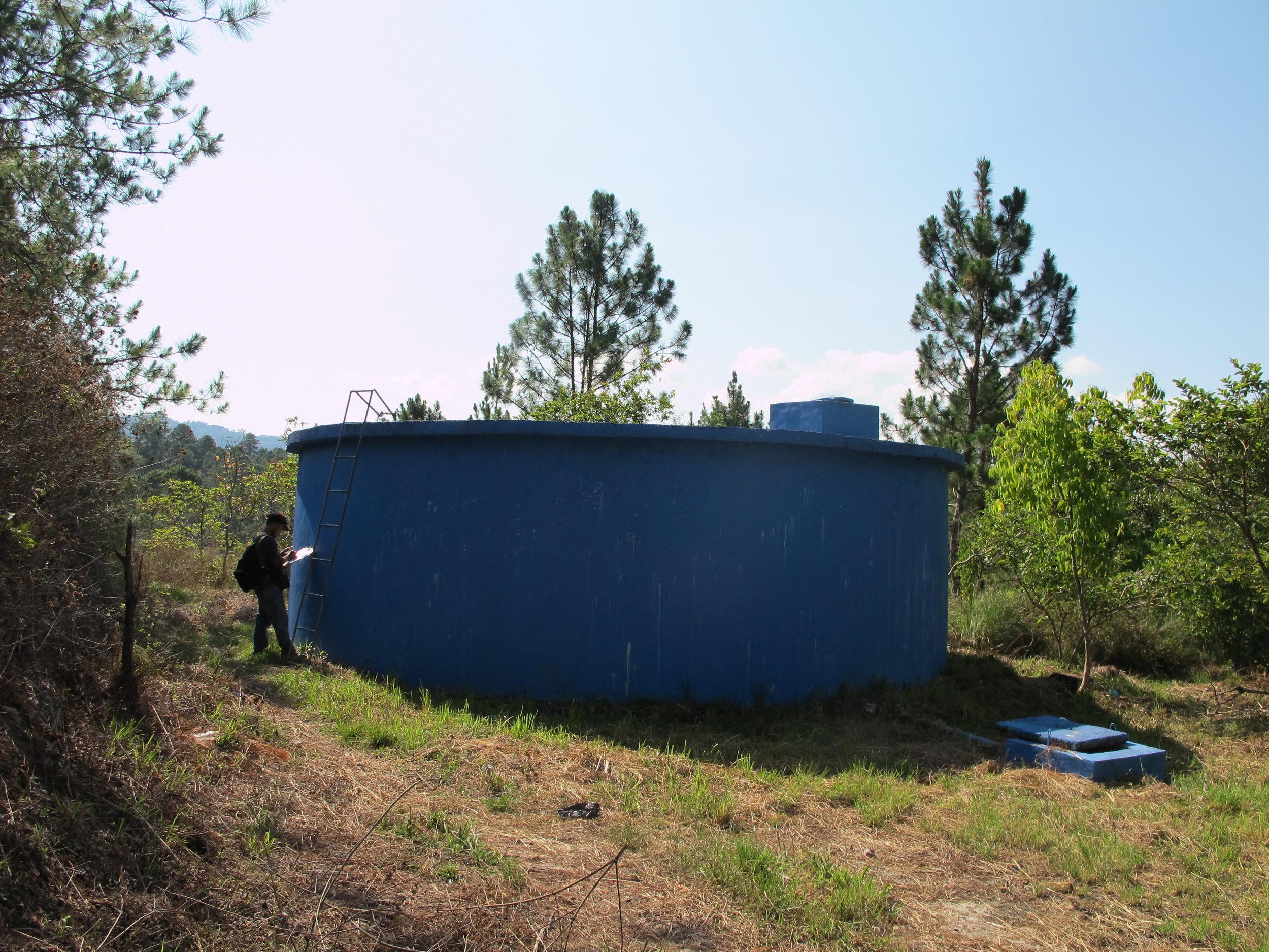 Tanque de 22,000 galones del proyecto uno