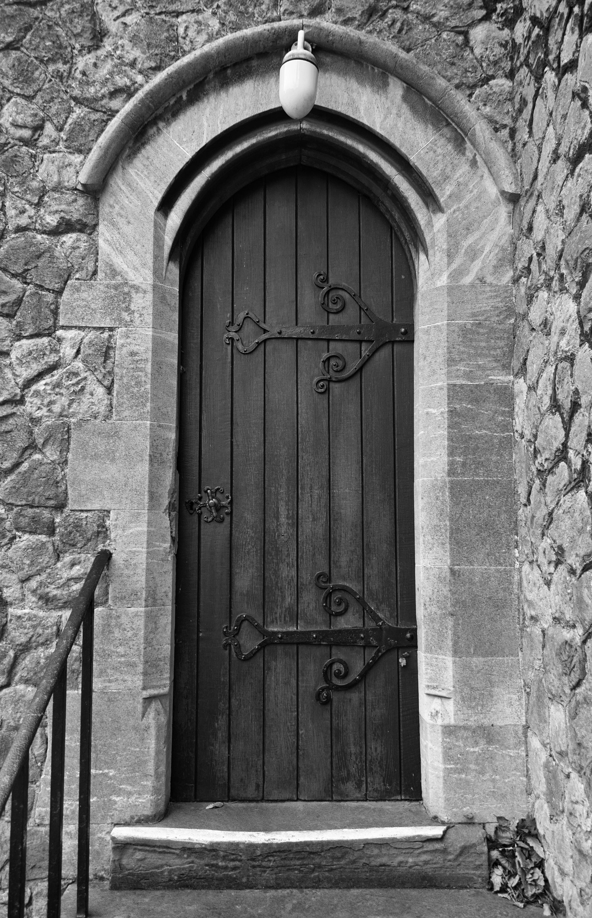 door-to-st-peter--st-pauls-church-dover_30400106878_o.jpg