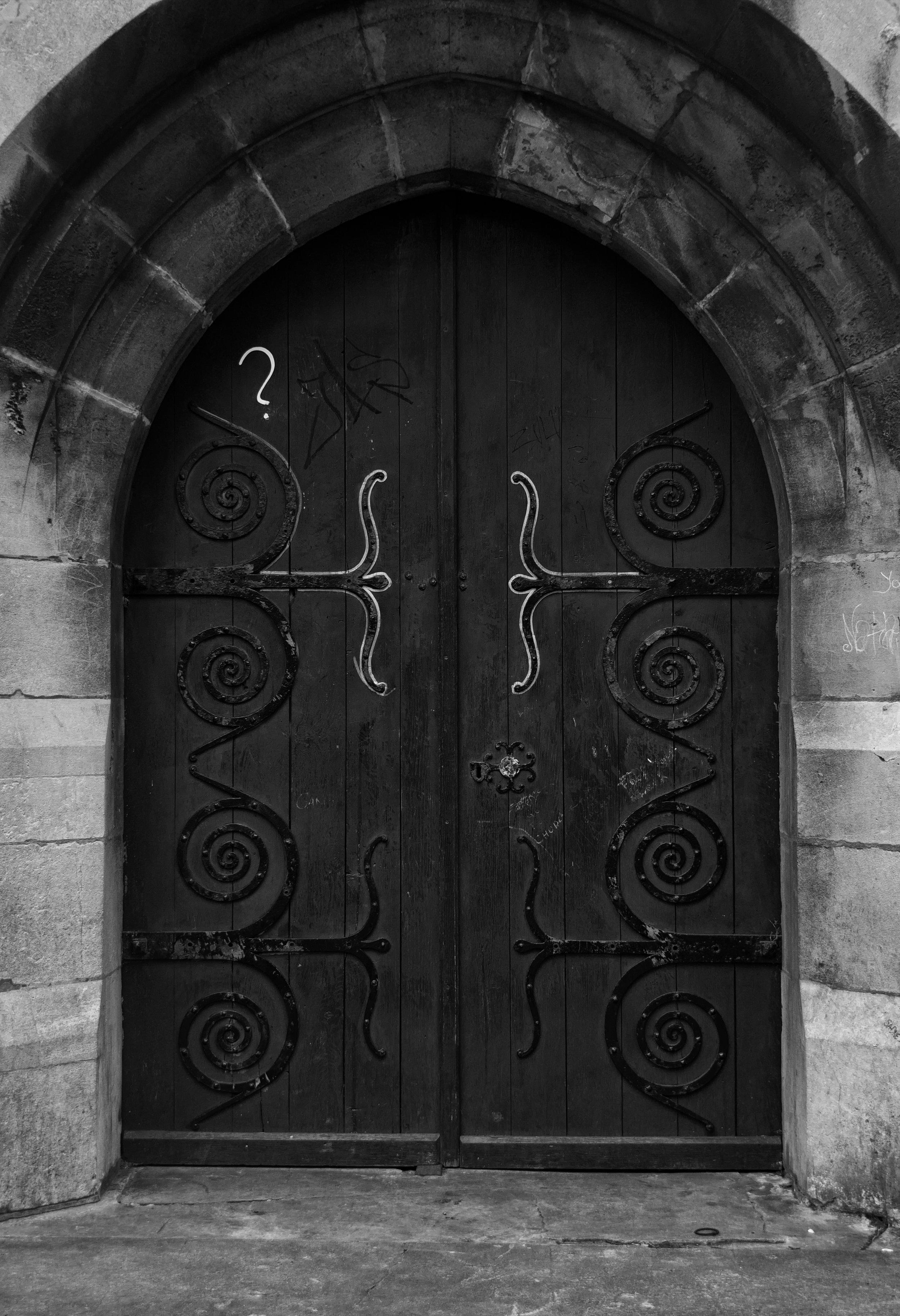 door-to-st-peter--st-pauls-church-dover_42792269630_o.jpg