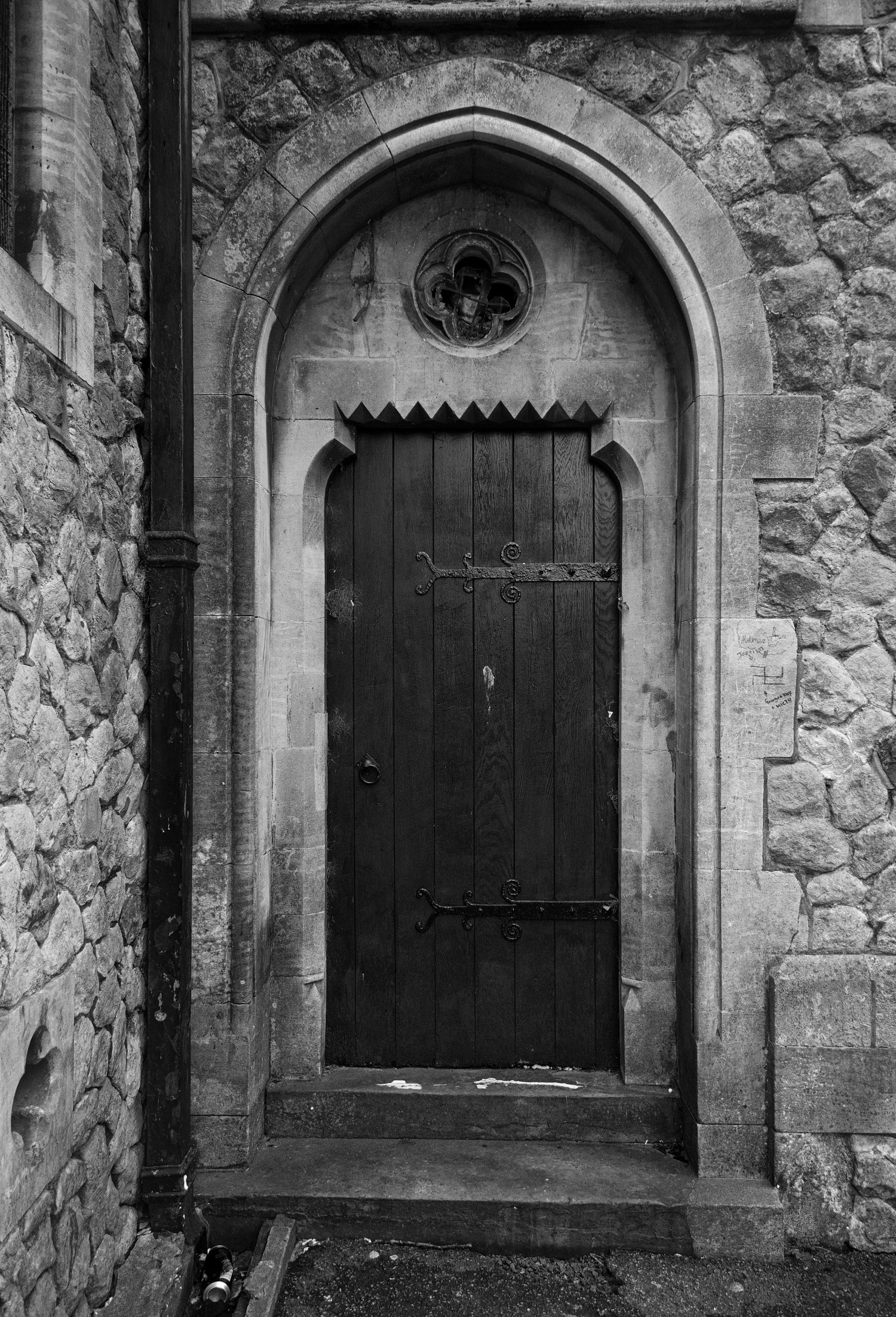 door-to-st-peter--st-pauls-church-dover_42548722780_o.jpg