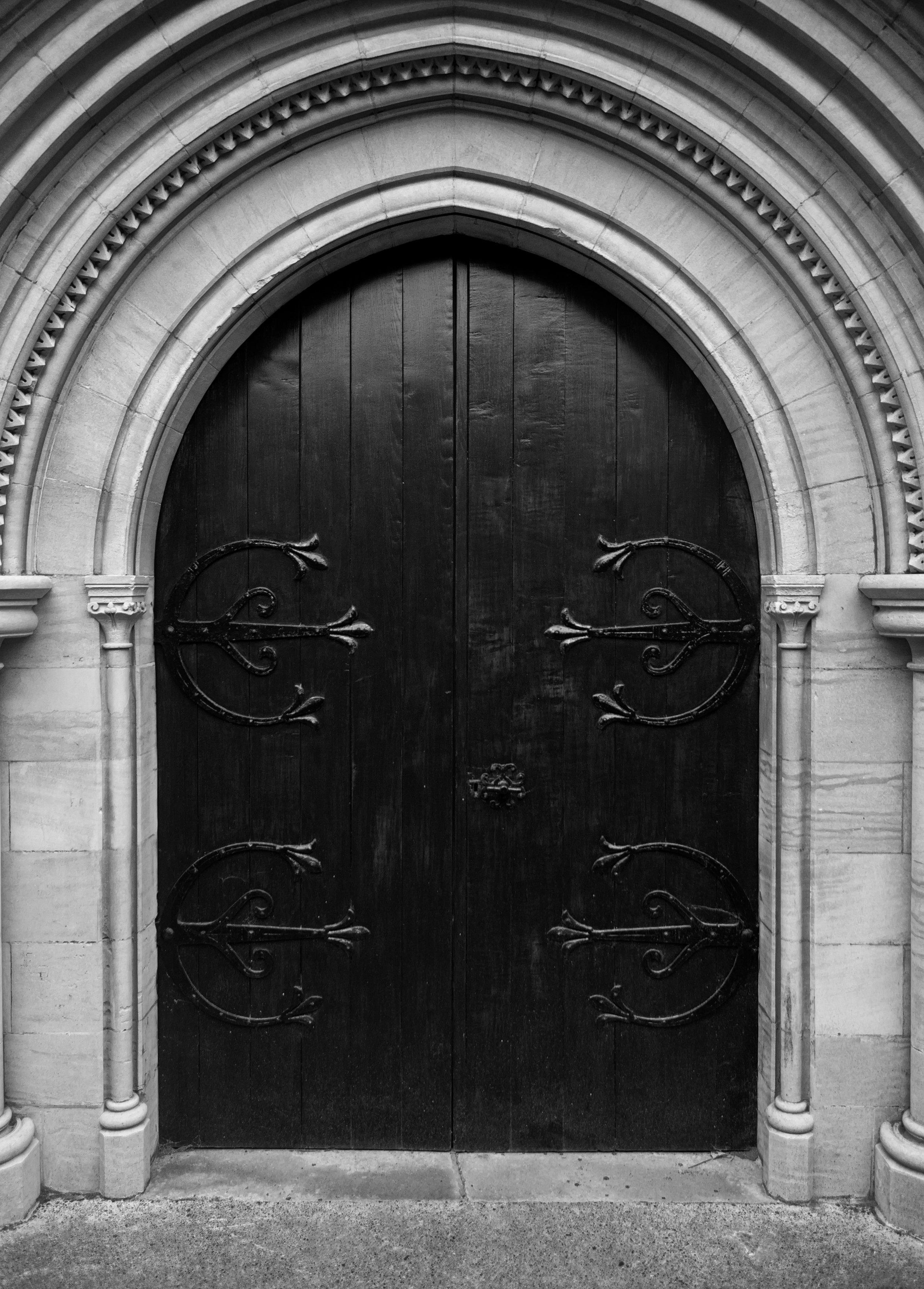 door-to-st-peter--st-pauls-church-doverthe-door-to-the-victorian-st-peter-and-st-pauls-church-in-dover-kent_31106042198_o.jpg