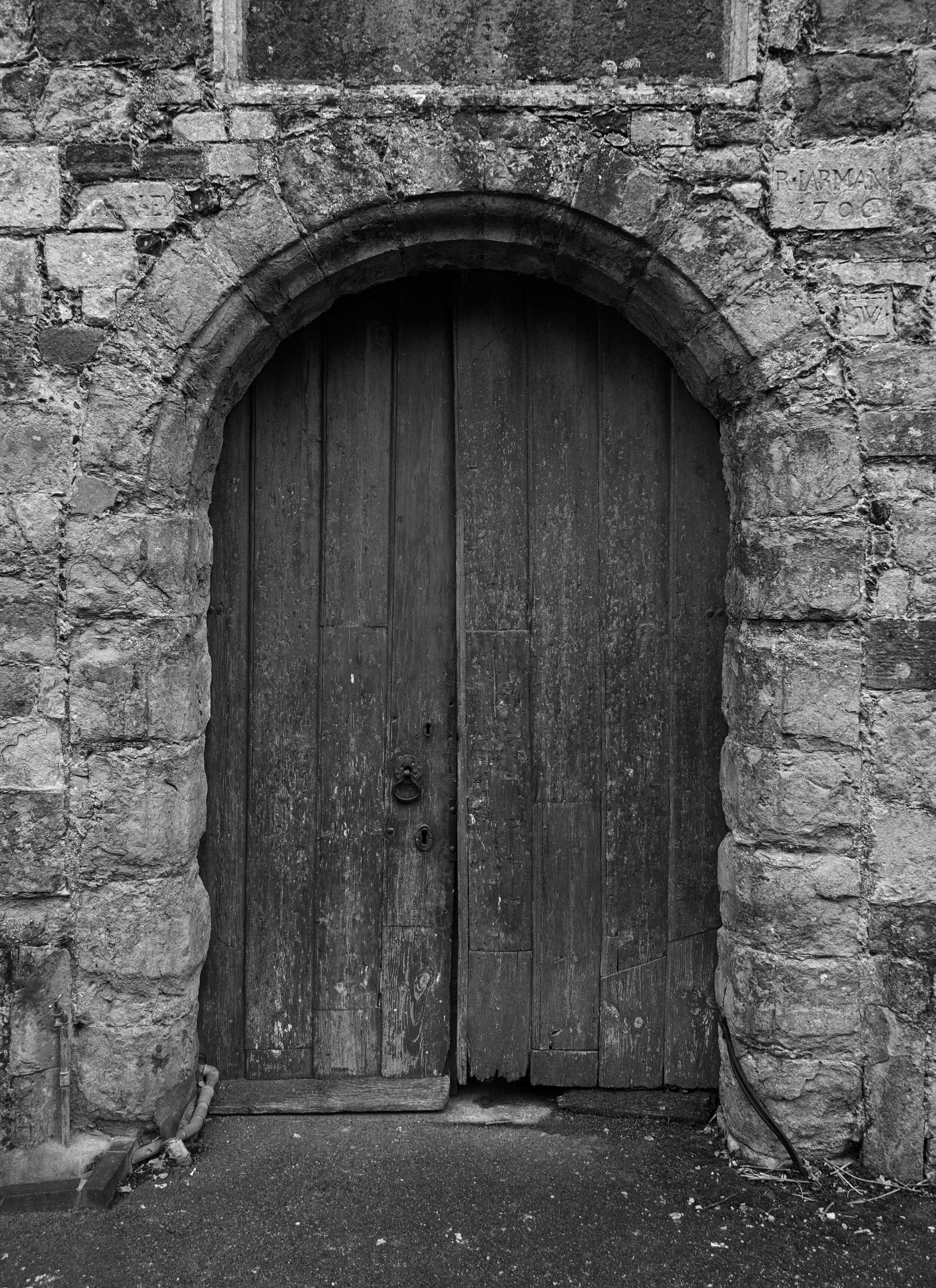 door-to-st-gregory--st-martins-church-wye_42837053300_o.jpg