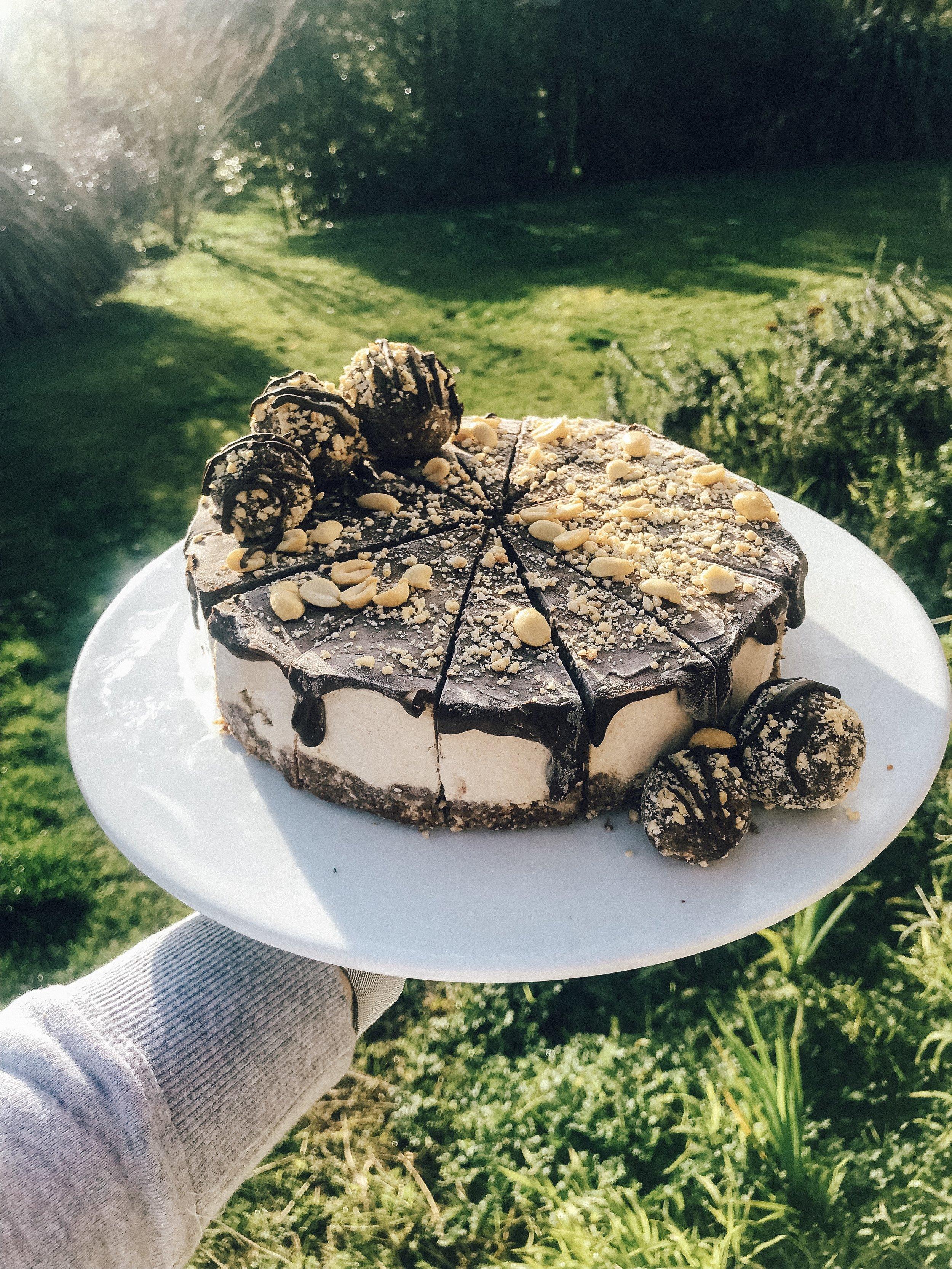 peanutbuttercheesecake.jpg
