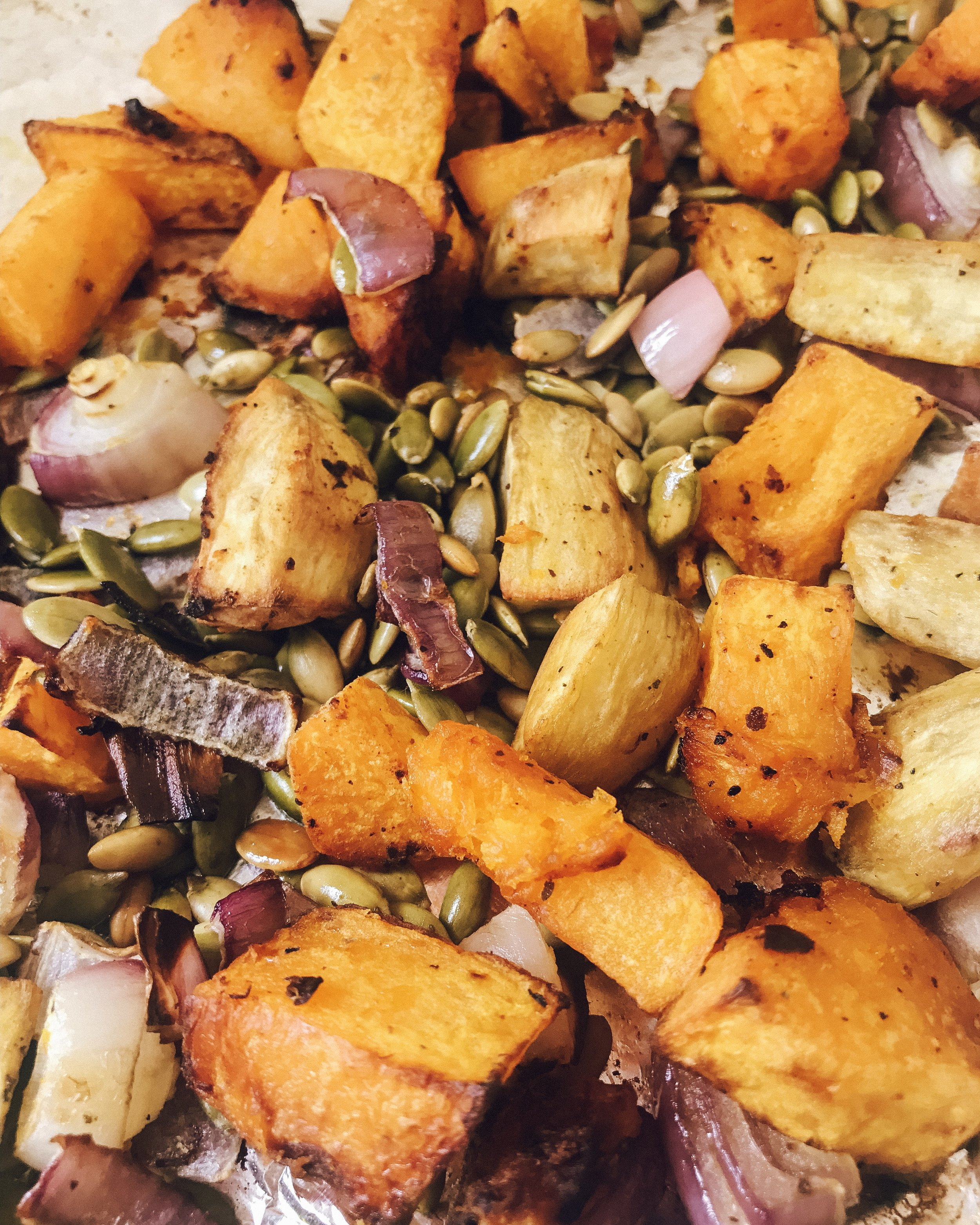 Roast veggies with pumpkin seeds