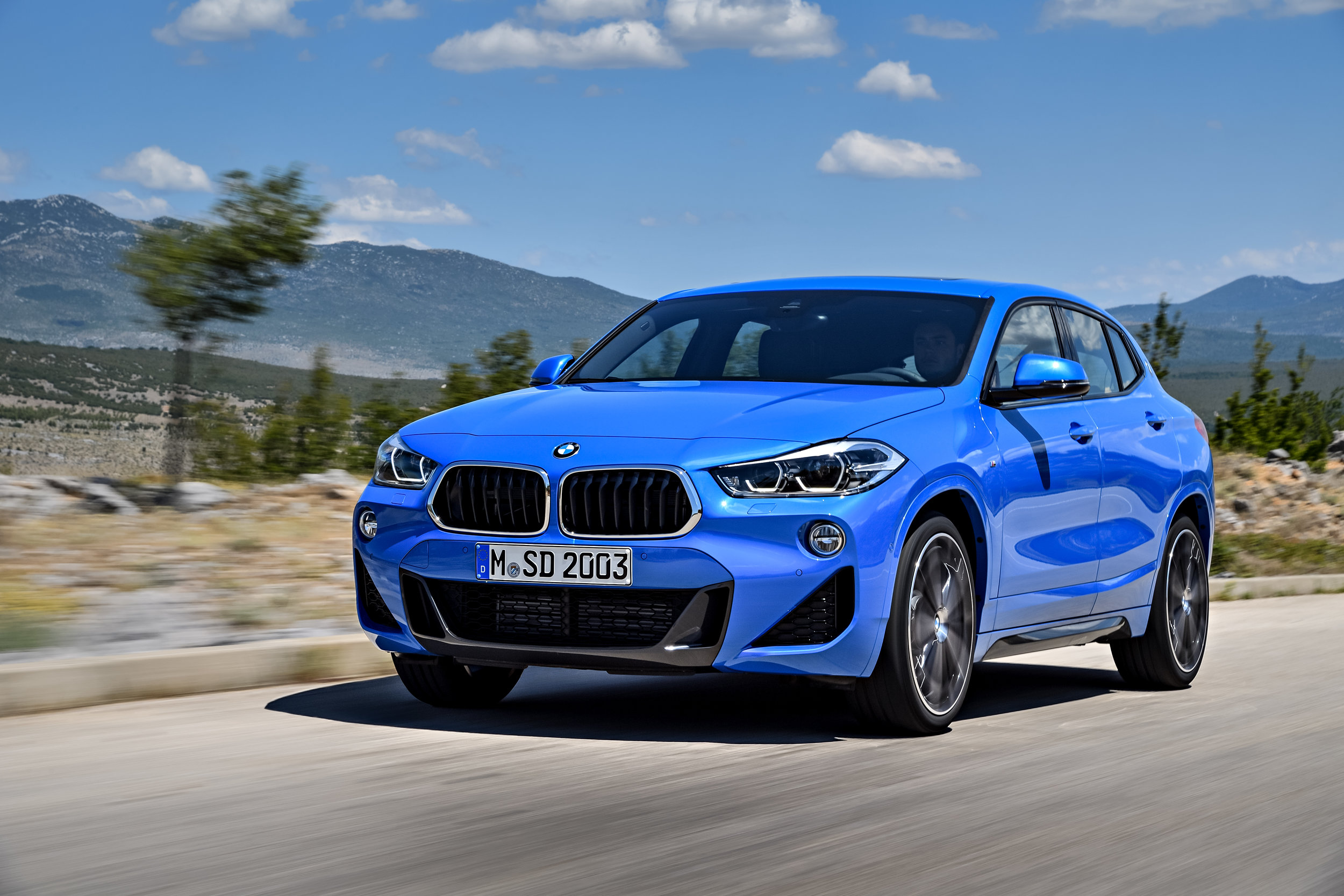 P90278943_highRes_the-brand-new-bmw-x2.jpg