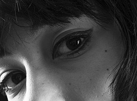 hooded eyelids.jpg