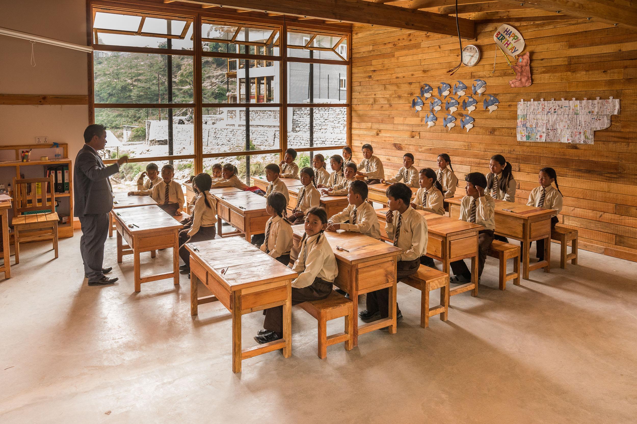yangri academic center, ein projekt von himalayanlife ngo schweiz und kanada