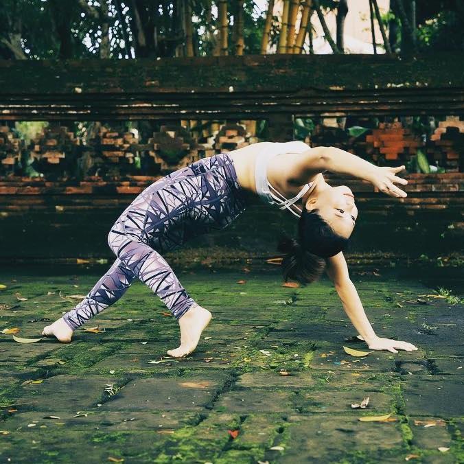 Arm Balances & Inversions For Beginners by Sze Sze - Friday · Aug 30, 2019 · 16:30 → 18:30 @ Under The Light Yoga Studio
