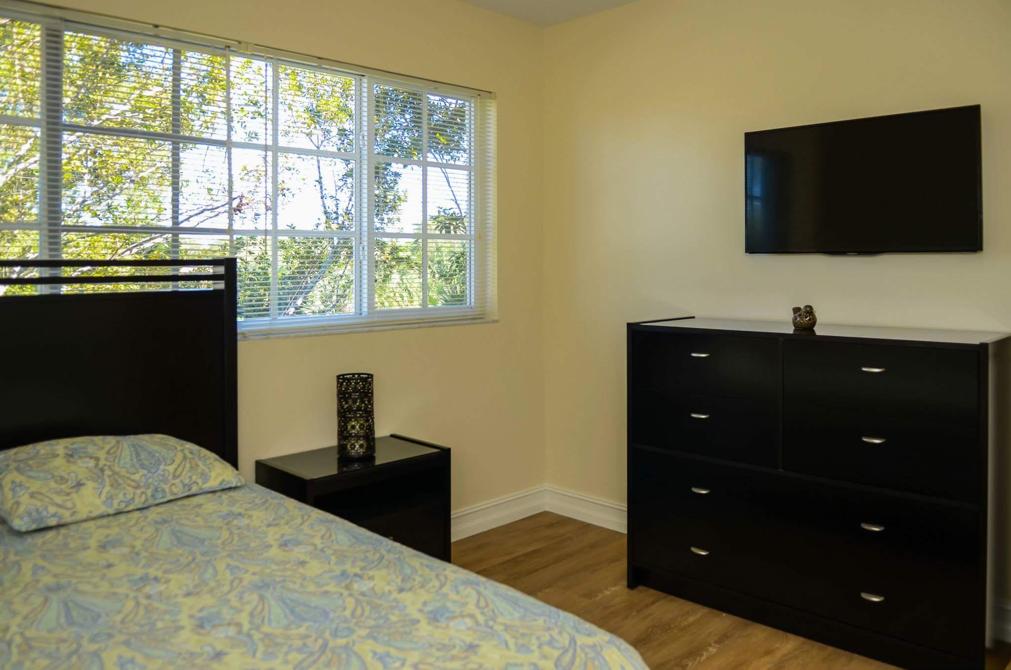 Banyan Place at Boca Raton Bedroom