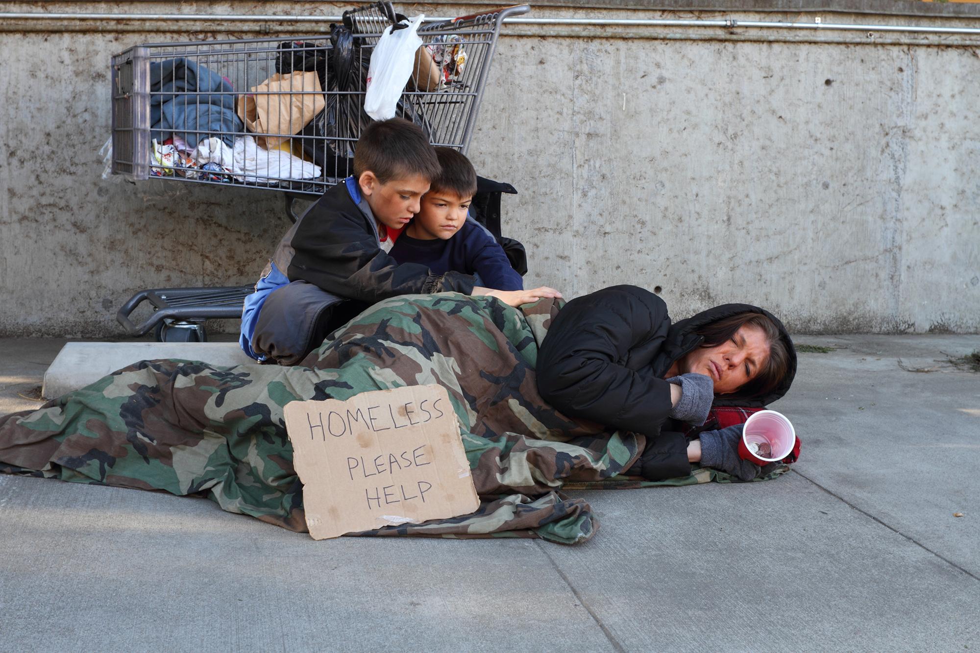 homeless_r.jpg