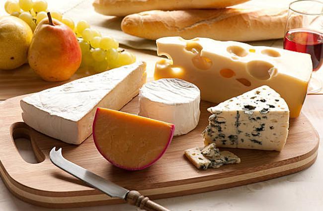 Cheese-For-Teeth-Whitening.jpg