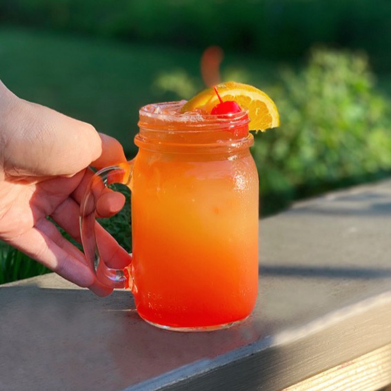 the-flats-rum-punch-2.jpg