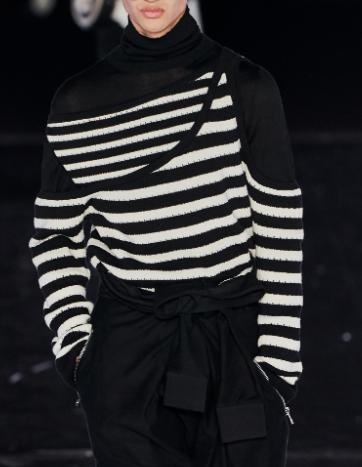 Linear stripes