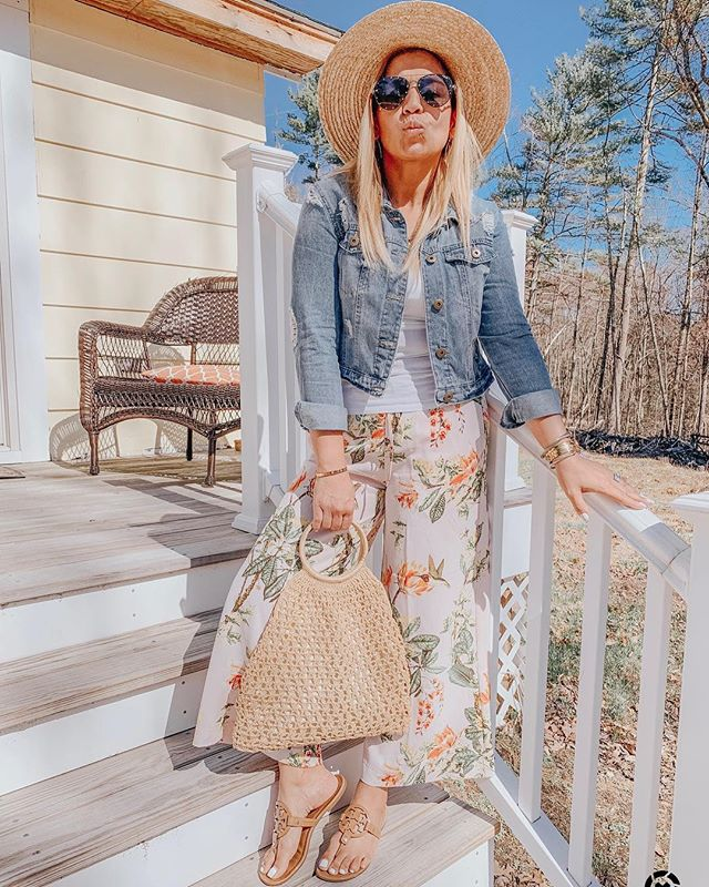 Wearing my favorite Spring pants 🌸 🌴🦜http://liketk.it/2Bfy0 #liketkit @liketoknow.it Shop my daily looks by following me on the LIKEtoKNOW.it app #LTKspring #LTKunder50 #LTKunder100 #LTKstyletip #LTKsalealert #LTKhome #LTKitbag #happythusday . . . . . . . . . . . #ootd #igdaily #igstyle #blogger #styleinspo #bloggerstyle #stylediaries #stylelookbook #stylepost #nordstrom #brixtonhat #hm #denimjacket #toryburch #toryburchmiller #quayaustralia #quayxjaclyn #strawbag #thestyledcollection #katespade