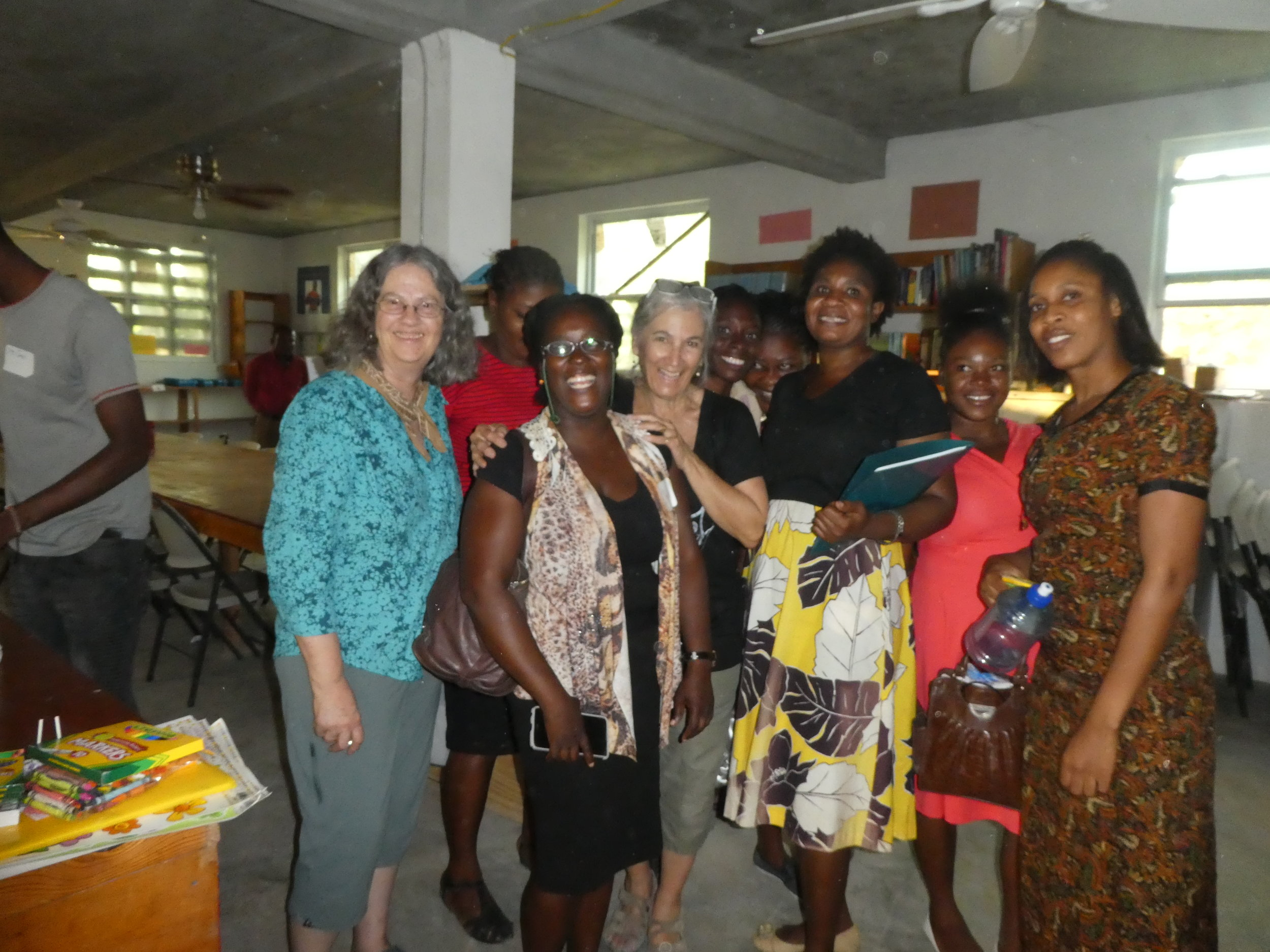 For the second year, Linda (far left) and Veronica (not shown) developed a Teacher Training.  Here are the teachers in the new Library where over 800 books were donated.