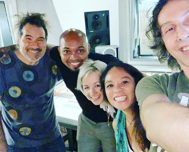 We are so grateful to the people who help us bring the songs to life!  Thank you @ell_cosme , @thierry_arpino , Derrick and Dawn for tonight's Paterson session in the studio. . . . . #musicbringspeopletogether  #sistermonk #paterson #original music #saeinstitutenyc #yoga #taichi #music #sabsab #ellcosme #thierryarpino  #froggydaze #wawayandamusiconthefarm #damnsamharvestfest