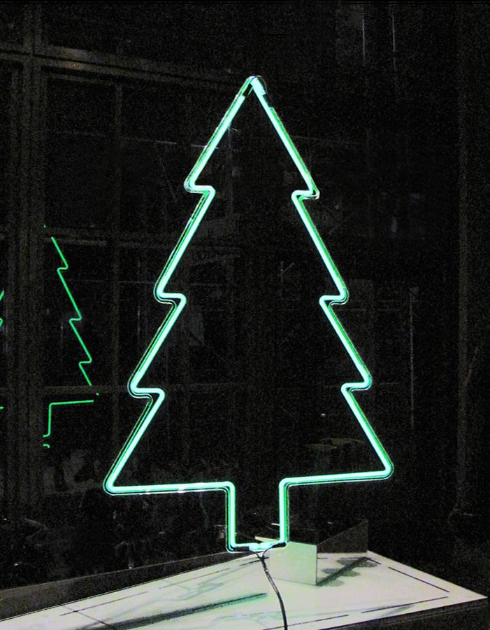 nicholas-konert-new-york-art-neon-tree-2009.jpg