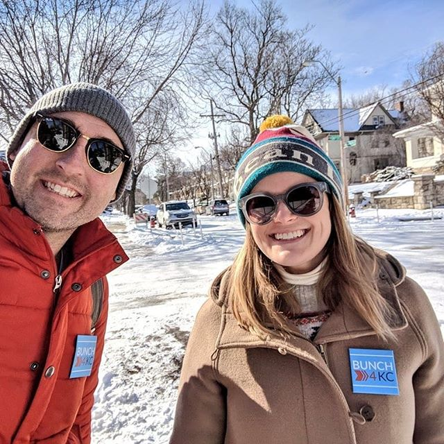 The family that canvasses together stays together. Helping neighbors push their cars is just for good luck. #bunchforkc #bunch4kc