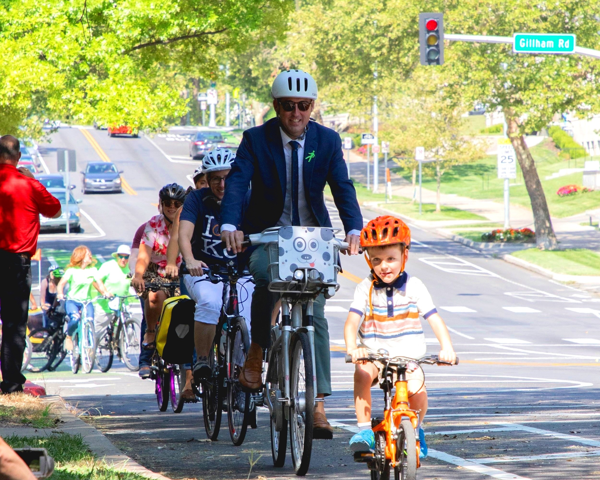 Plan for Our Future - I have already led an effort to create bicycle master plan and created a road map for upgrades to the city's walkability. Not only should we work to implement those plans, we should ensure that every planning effort the City undergoes establishes clear goals for sustainability.