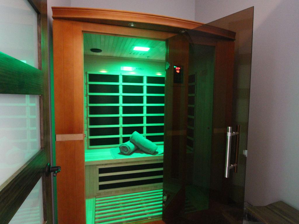 Sauna_0005_Green.png