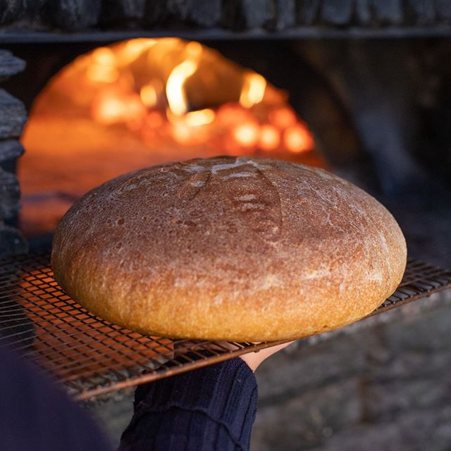 Warm, freshly baked sourdough. It's got a beautiful taste and aroma, the perfect accompaniment for your Italian meal.