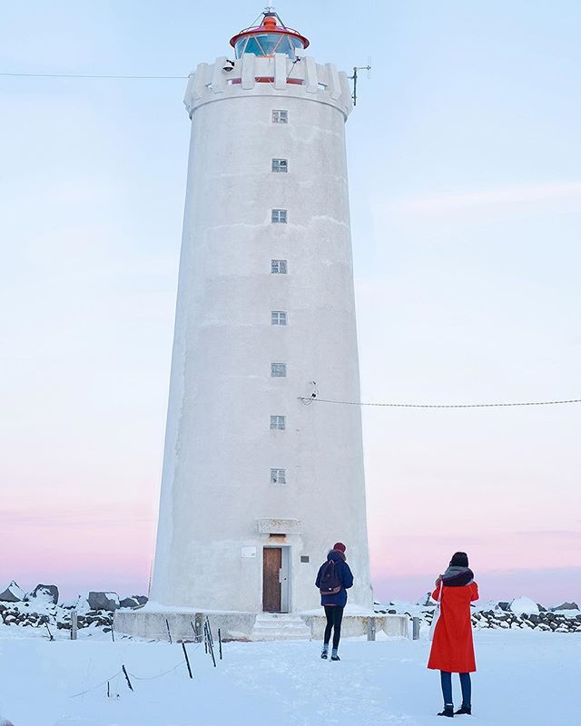 Crazy weather in Reykjavík like we have today makes me appreciate sunny days a bit more. One of the nicest winter days I had was when I went on top of the Grótta lighthouse with @jel.ciric and @jamesandrewcoxx to record latest @paradissessions . . . . . . . . #bestcitybreaks #traveling #wonderfulplaces #travelgram #discoverer #shoottokill #gameoftones #liveauthentic #neverstopexploring #createexplore #justgoshoot #artofvisuals #instamood #livefolk #visualoflife #neverstopexploring #iceland #reykjavik #icelandic #iceland2019 #Icelandlove #icelandphoto #icelandlife #icelandphotography #icelandphotographer #greykjavik #reykjavikiceland #winterstreet #paradíssessions #music #musiclife