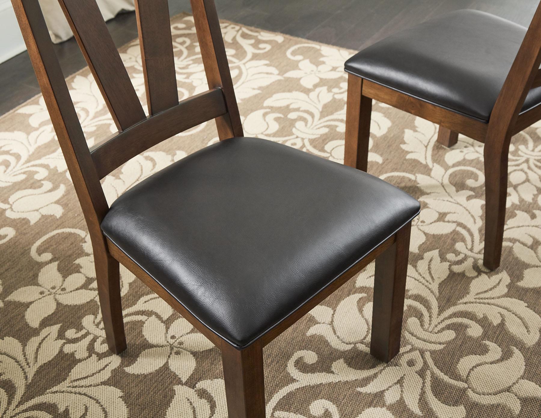 DR1015F17_Chair Detail.jpg