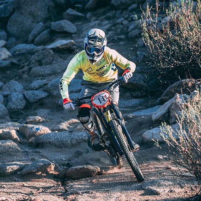 Downhill Racing! #sportsportraits #canon70200 #mountainbike #ridingdirty #downhillracing #canon5dmarkiv #canonphotography