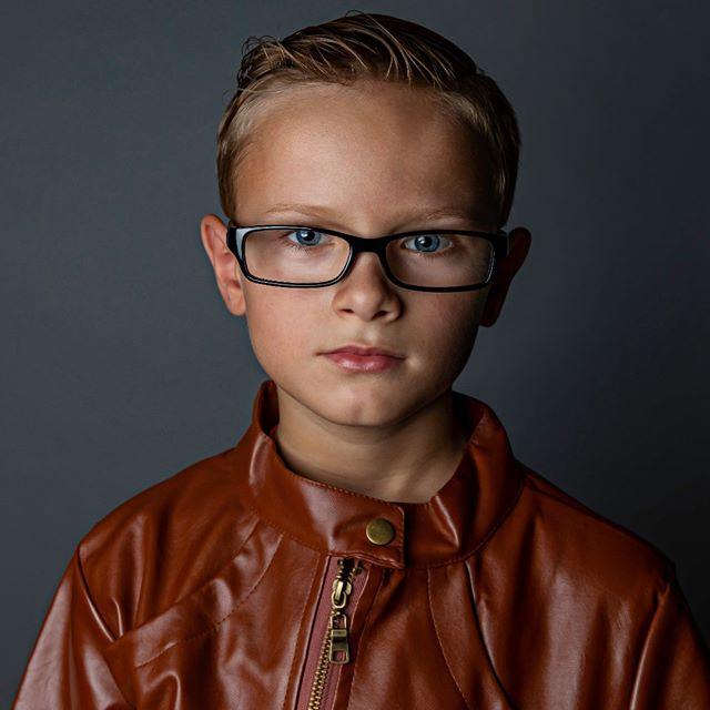 Joe 90. #joe90 #canon5Dmarkiv #canon2470 #westcottrapidbox #portraitphotography #childportraits #lighting #speedlites #savagefashiongreyfashiongrey #fashiongrey