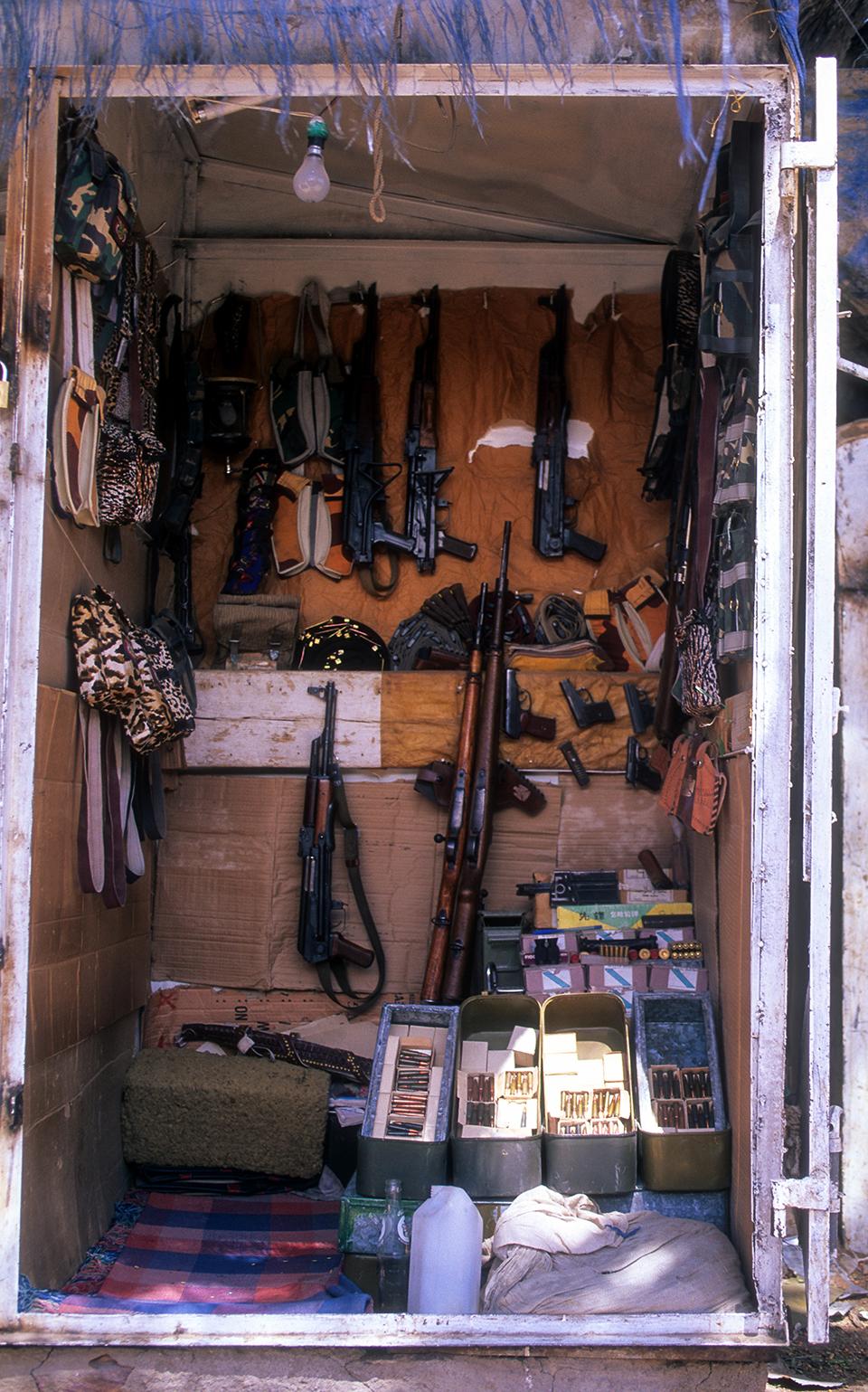 Guns for sale in shipping container at Gun market in Sada, Northern Yemen. _LP.jpg