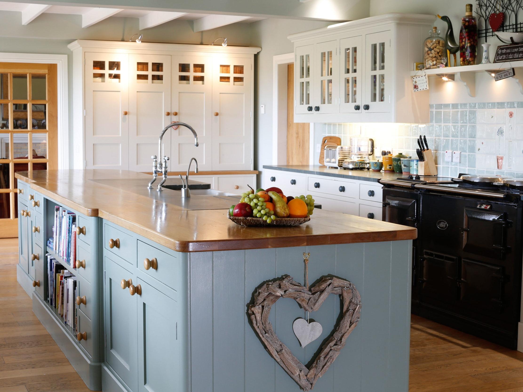 Large Family Kitchen -