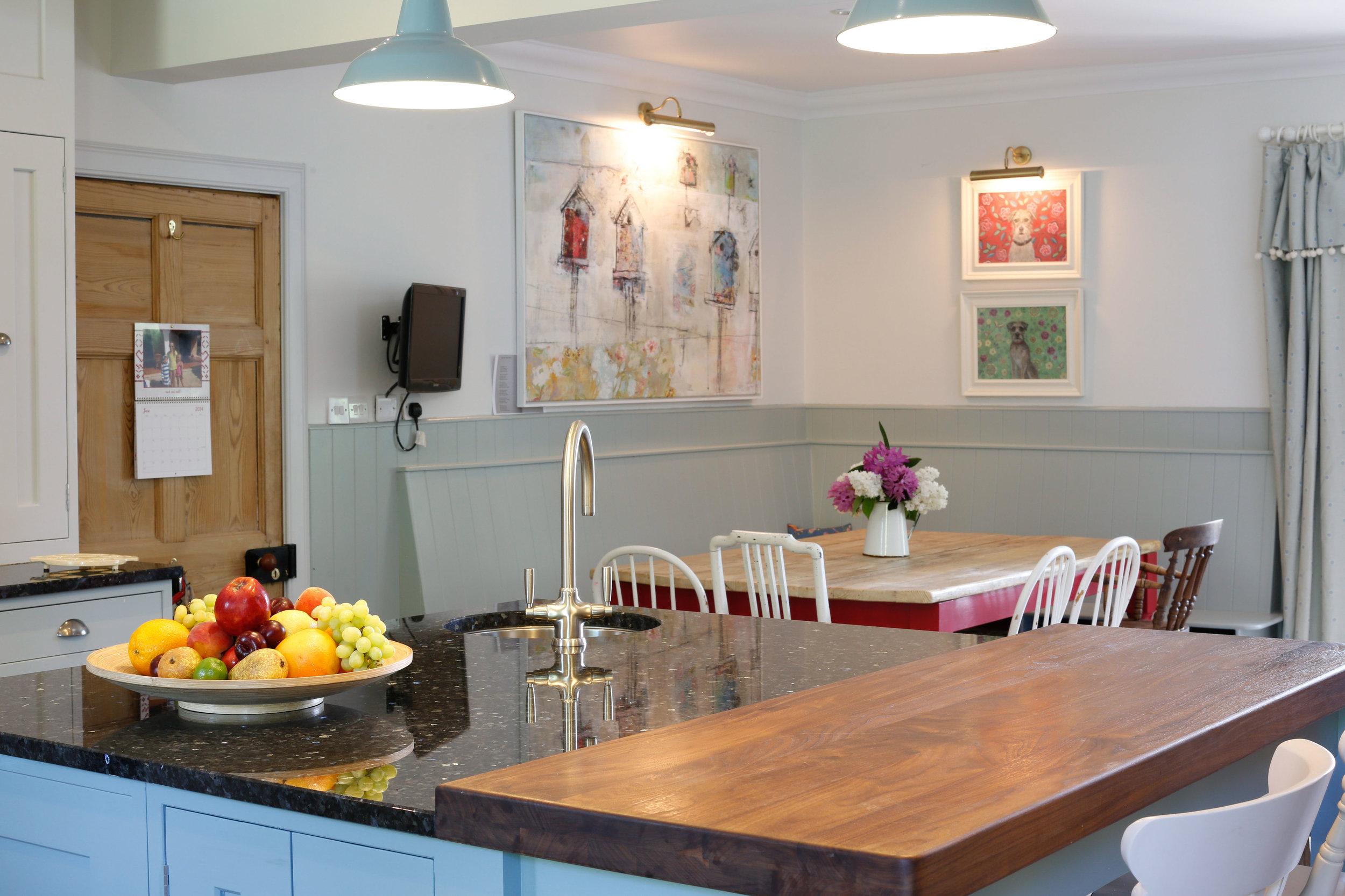 Family kitchen detail 2