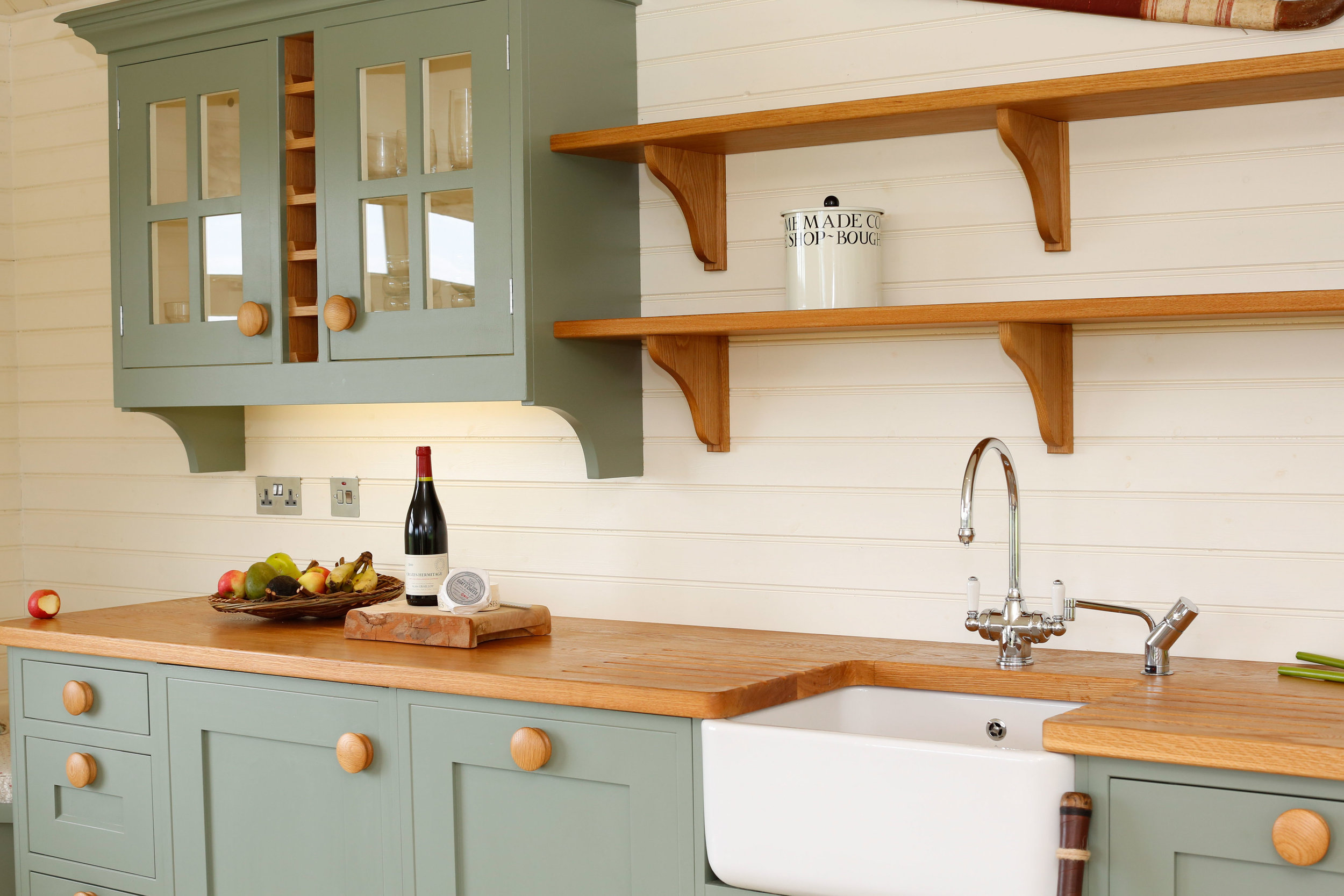 countryside kitchen detail 2