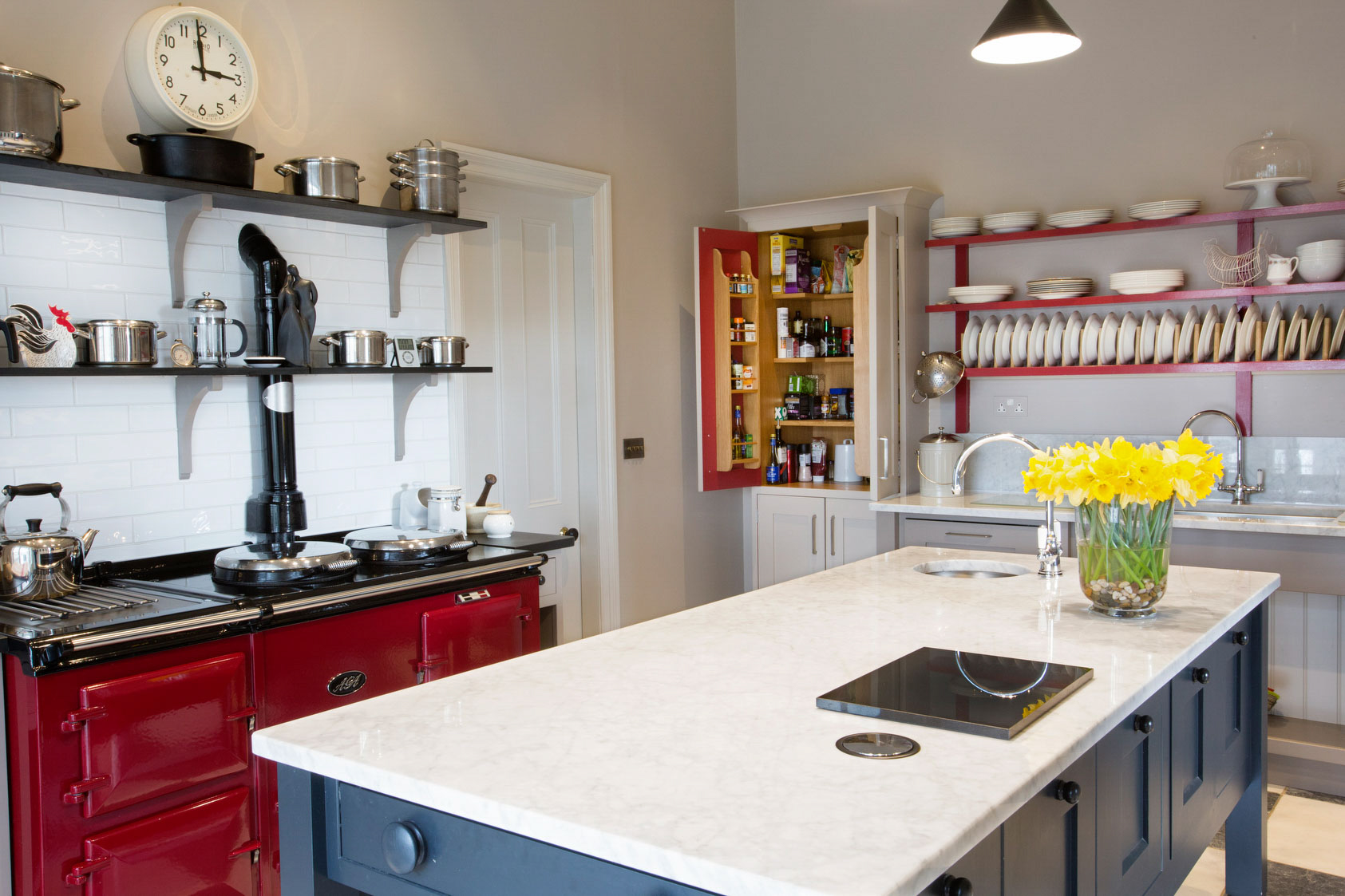 Traditional-kitchen-with-twist