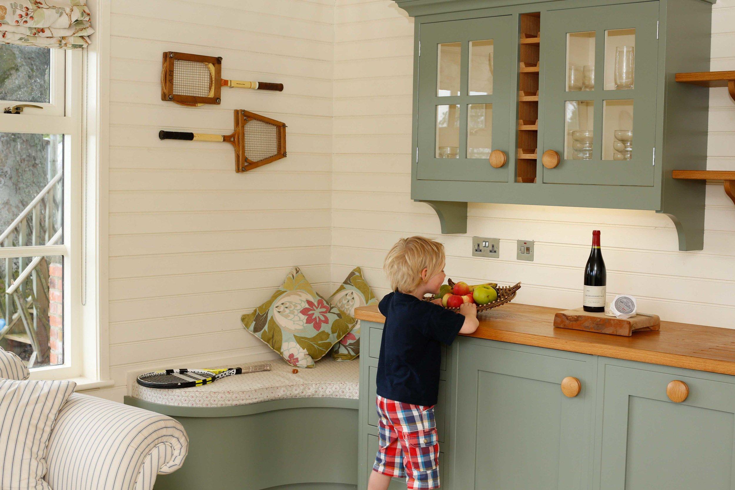 bespoke-farm-kitchen