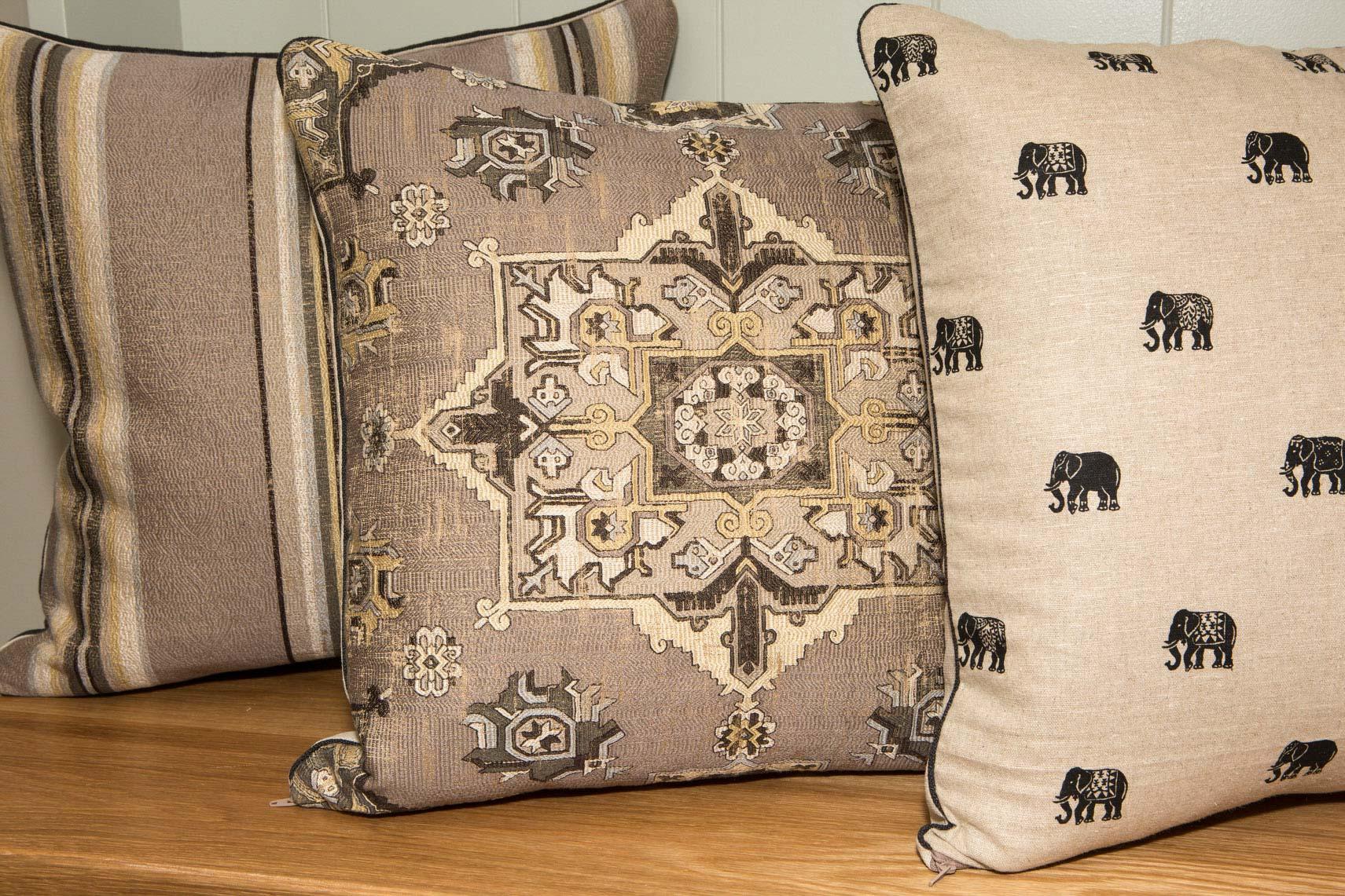gorgeous-pillows