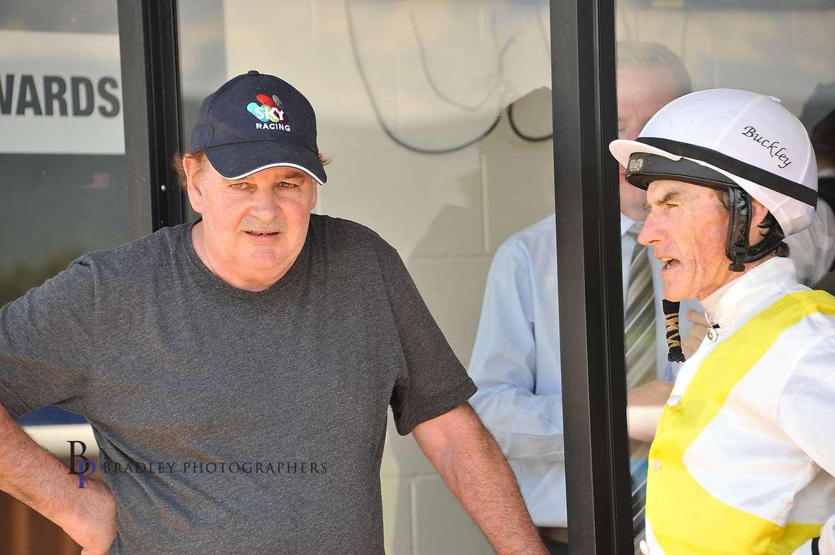 Image courtesy Bradley Photographers - Allan with one of his favourite jockeys - Robert Thompson.