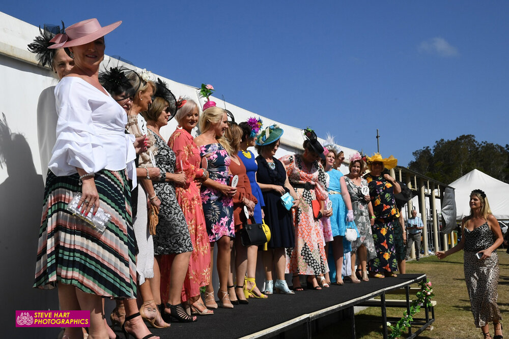 Image courtesy Steve Hart Photographics - Fashions in the Field is normal procedure at most country Cup meetings.
